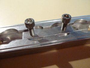 Nutenstein Aluminium 2xM5